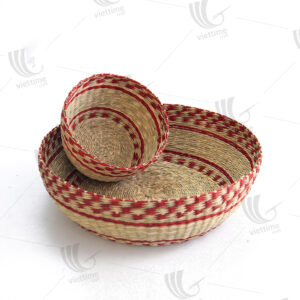 2 Piece Beautiful Red Round Seagrass Tray Set
