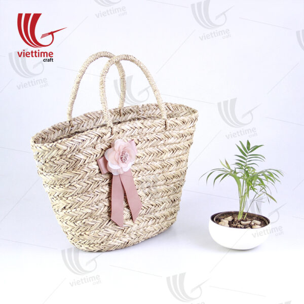 Seagrass Handbag With Beautiful Flower Bow