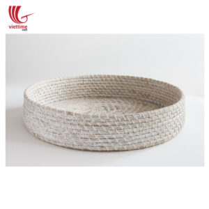 White Round Seagrass Tray For Serving Food