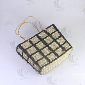 Seagrass Handbag sku C00367