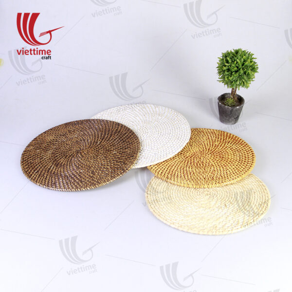 Some Samples Of Round Rattan Placemats