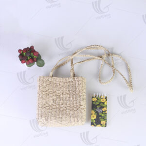 Seagrass Handbag sku C00381