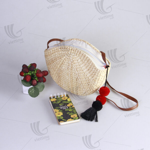 Straw Water Hyacinth Bags Wholesale With Tassel