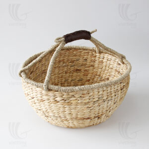 Straw Basket sku B00222